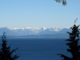 Real estate ocean and mountain views